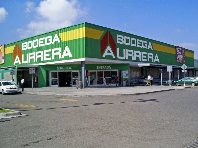 shopping in the Yucatan Bodega