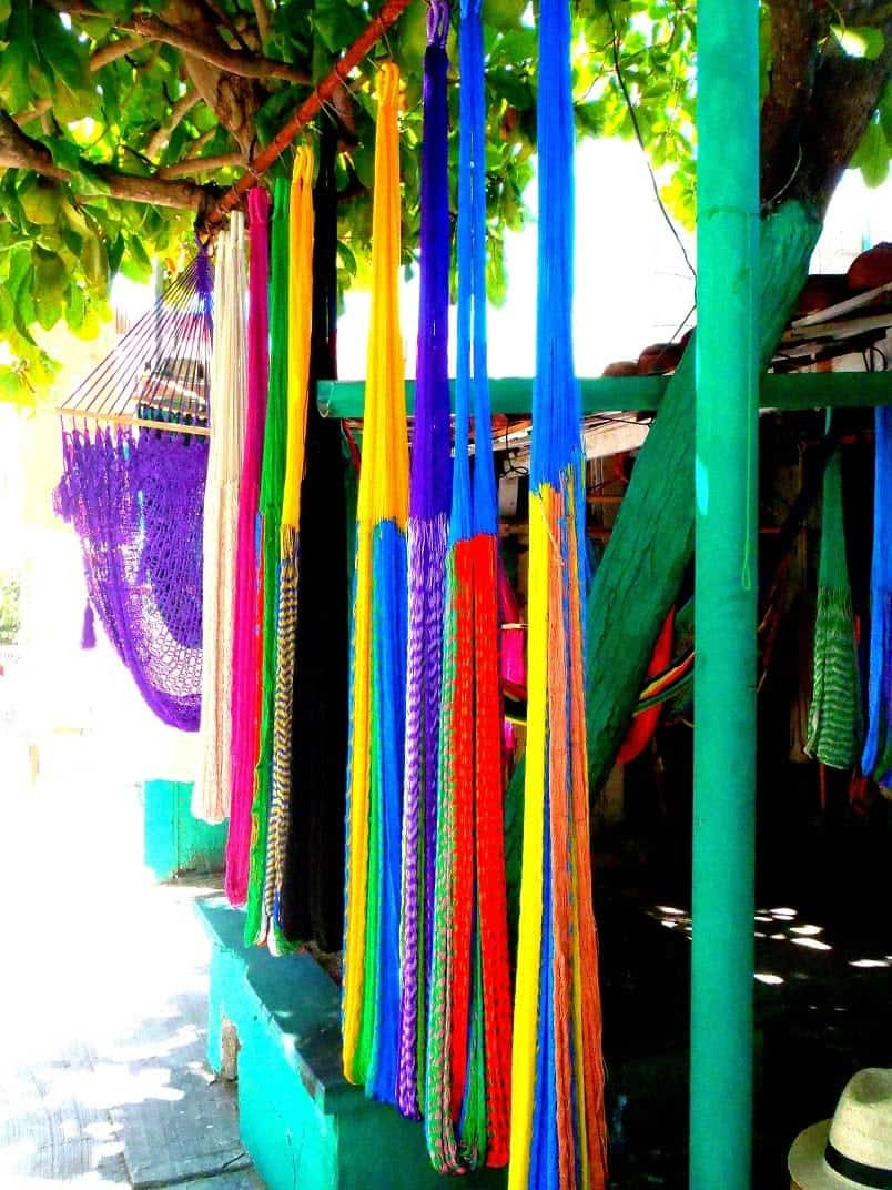 Buying a Hammock in Mexico all the beautiful colours available