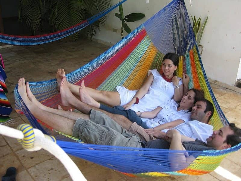 how to sleep in a hammock