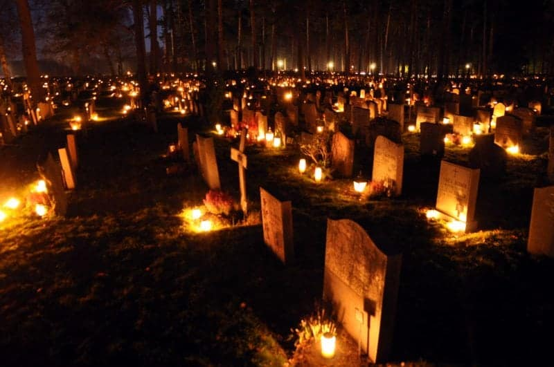 celebrating the day of the dead - Samhain
