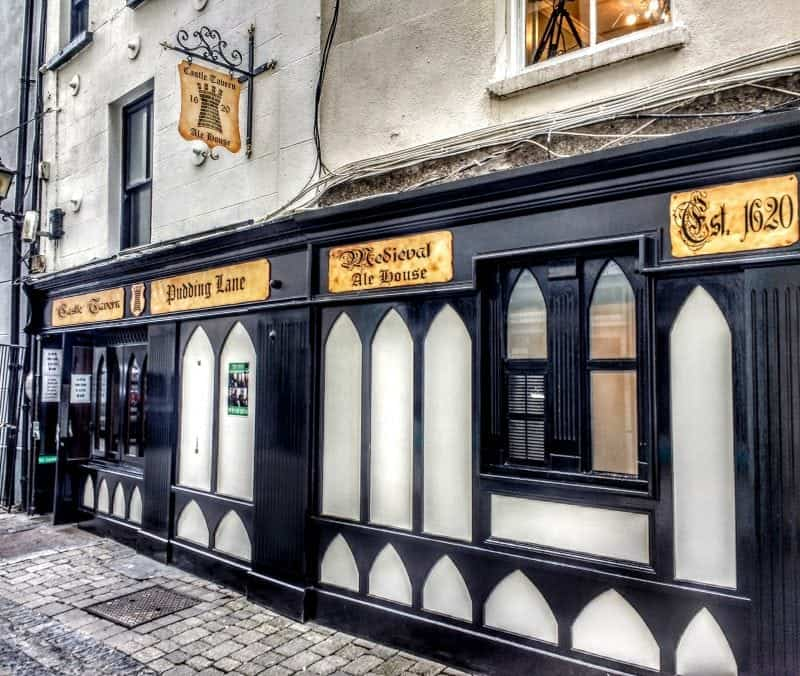 Pudding Lane pub in Kilkenny dating back to the 1600's