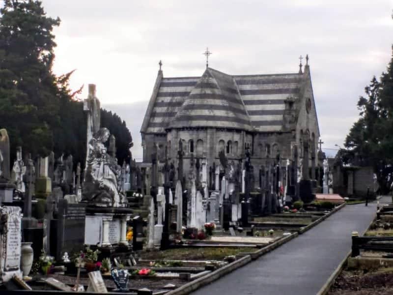 chapel and gravestones in Dublin's Glasnevin Cemetery