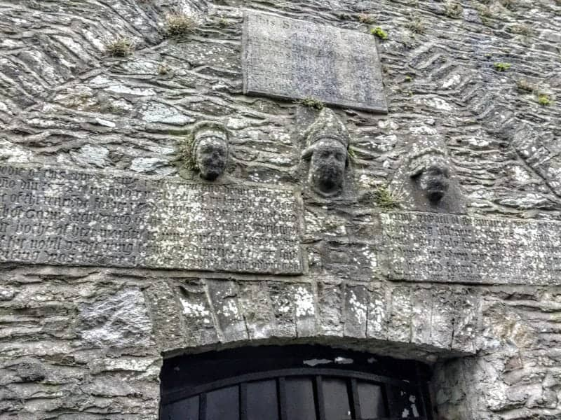 high king of Ireland's image on chapel at Kells