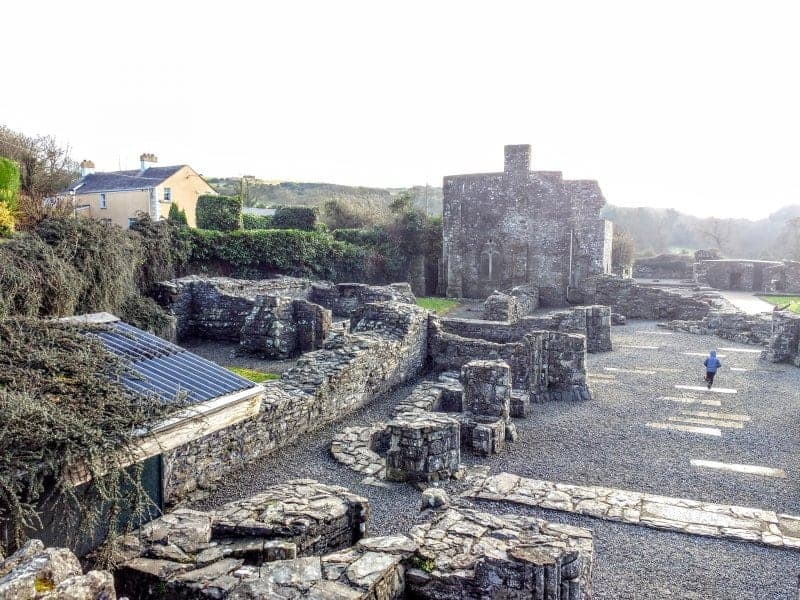 Mellifont Abbey 4 sites to see outside Dublin