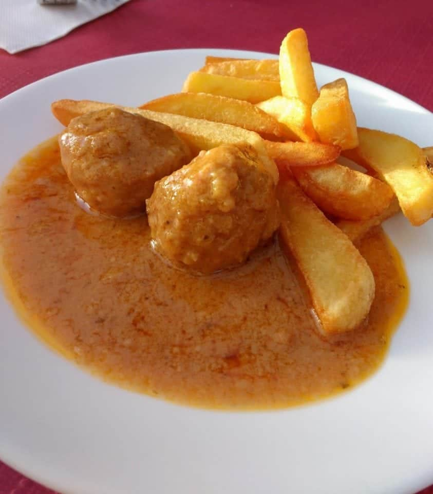Spanish tapa meatballs - Eating out in Andalucia (Southern) Spain | Andalucian food & cuisine