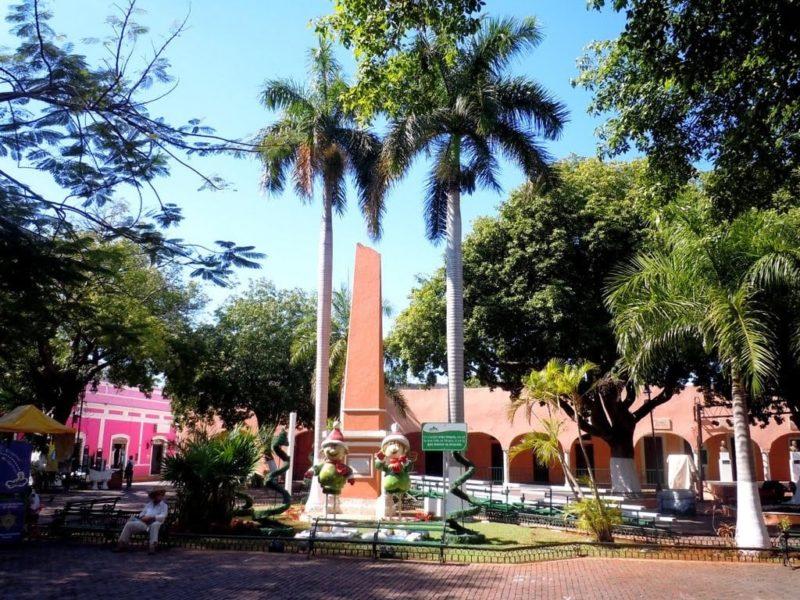 Santa Lucia Parque in Merida Mexico