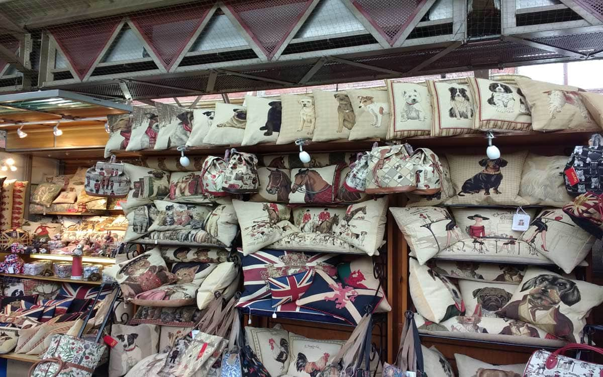 a market stall full of British gifts