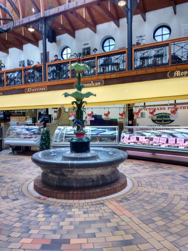 the fountain that survived the fire at the market