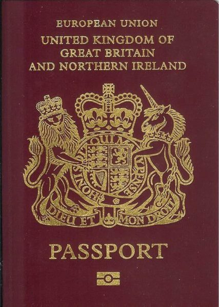 How to move to the UK a British passport