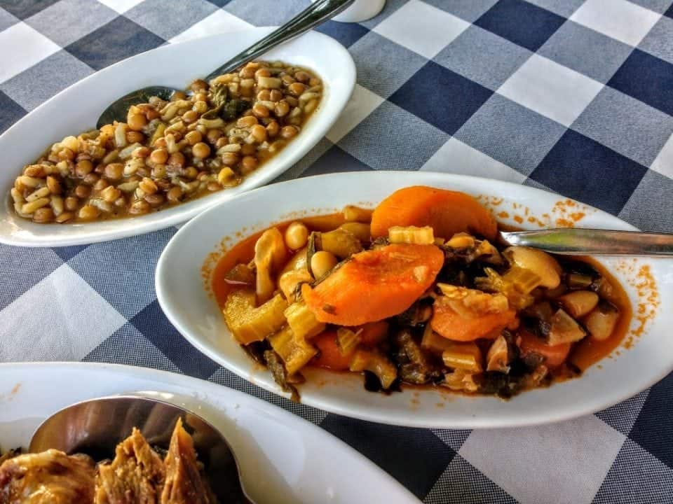 Vegetable dishes with a meze