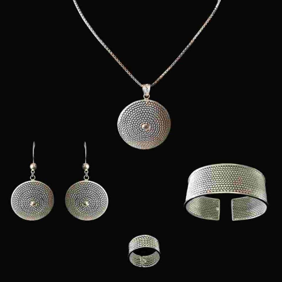 beautiful filgreed silver jewellry made in Lefkara Cyprus