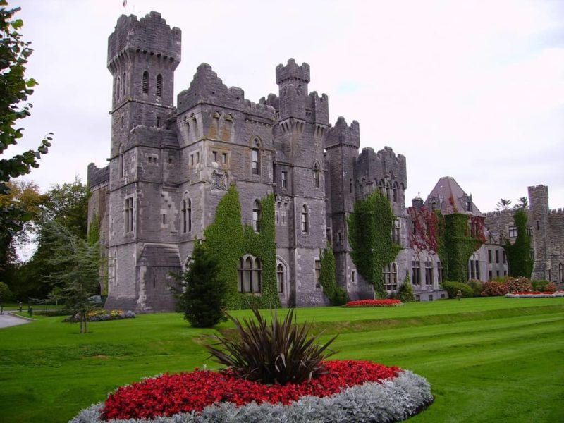 Castles to stay in Ireland