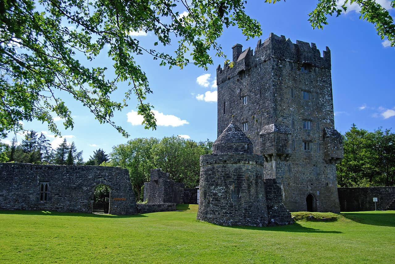 Aughnanure Castle near Oughterard (Photo: Jennifer Young via Flickr)