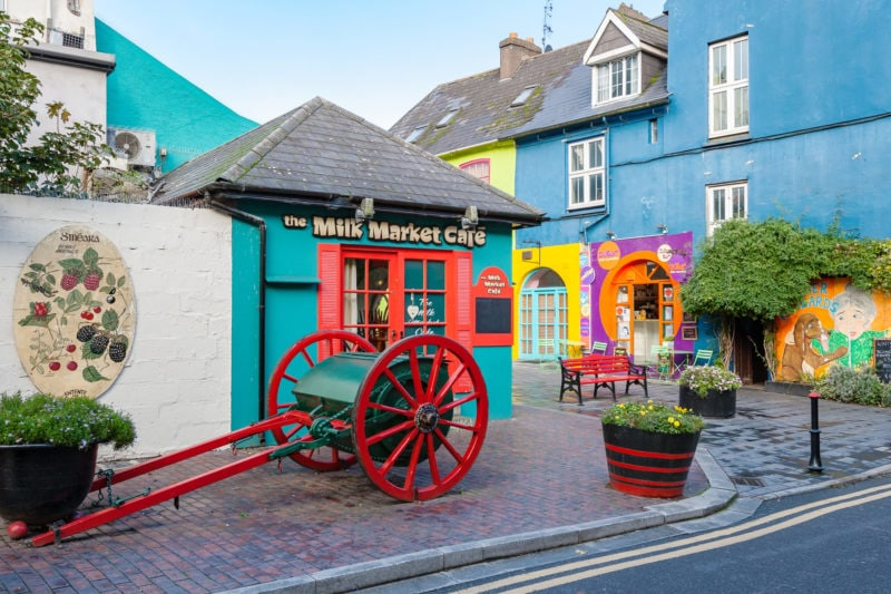 35 of the best beautiful towns & villages in Ireland