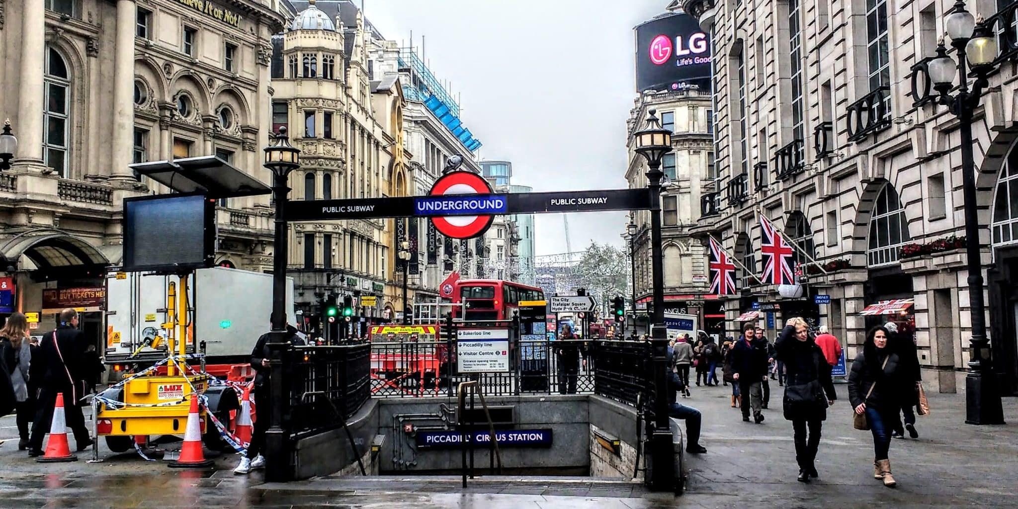 Piccadilly Circus tube station