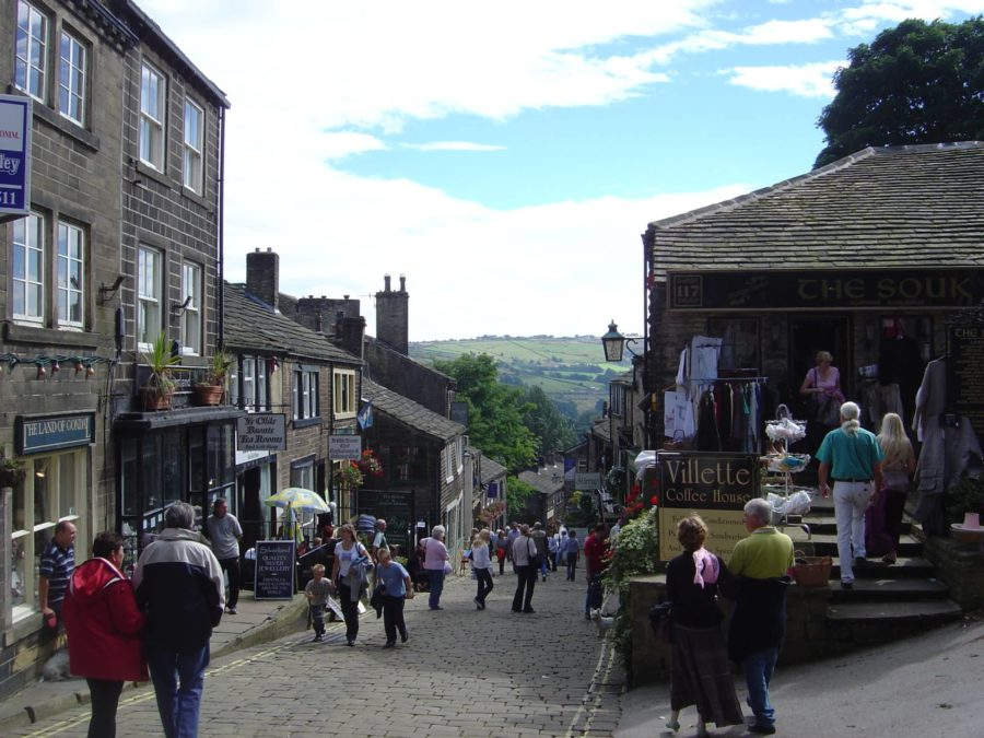 Captivating Bronte Country - Haworth Yorkshire the Bronte Sisters