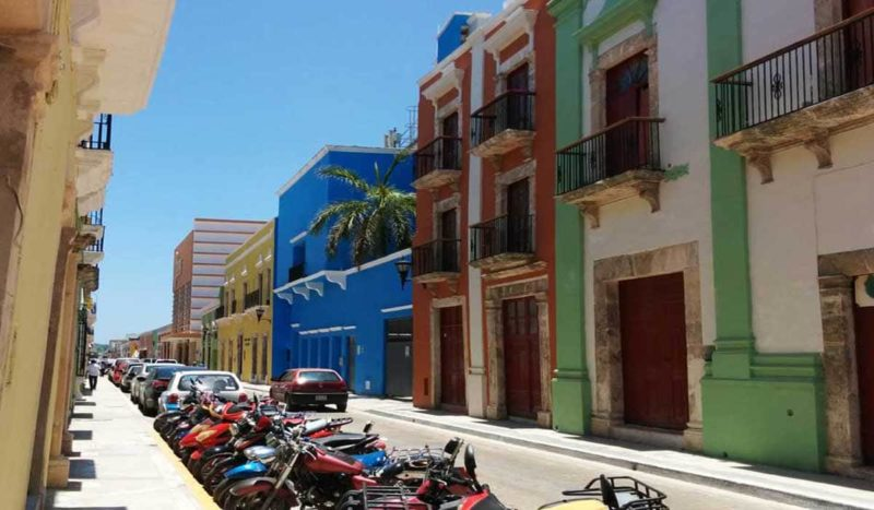 a stroll down Campeche's colourful streets