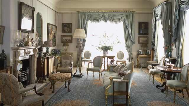 Drawing room at Clarence Houe
