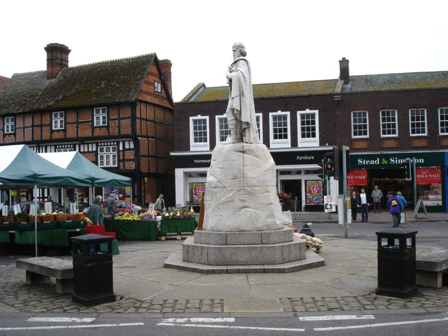 Statue of Alfred the Great in Wantage near the Uffington White Horse
