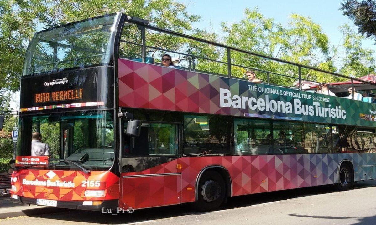 Hop on Hop off bus in Barcelona