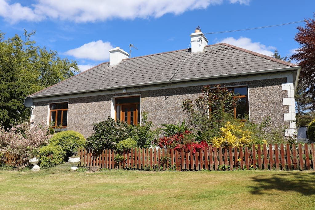 Perfect traditional Irish cottages for your holiday